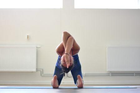 ustrasana yoga uppsala